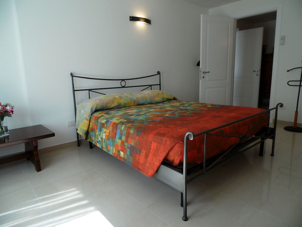 Room Amenity, Nice Apartment in a Villa With Three Apartments, With Private Porch and Garden