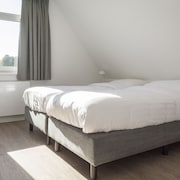 Comfortable Holiday Home in Texel Near Sea