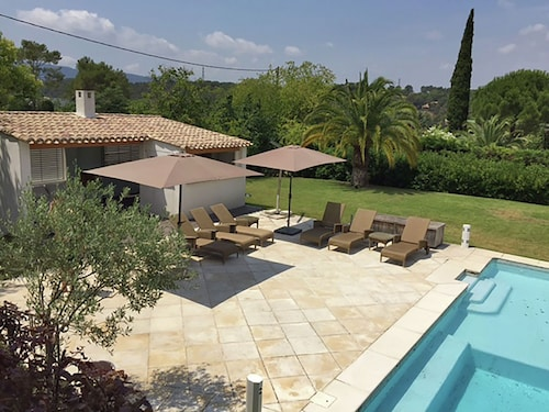 Stylish Villa Near Mougins With Large, Private Pool and Lovely Outdoor Kitchen