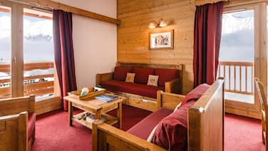 Nice Apartment on the Slopes of the Les Sybelles ski Area