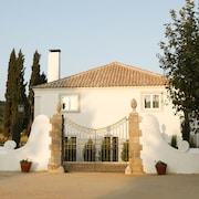 Once Upon a House in Arrabida - Villas