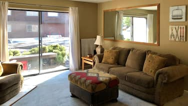New Listing! Inviting, Dog-friendly Condo Near the Slopes w/ Free Wifi & Patio!
