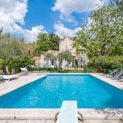 Fancy Villa With Artistic Interiors and Pool in Paradou