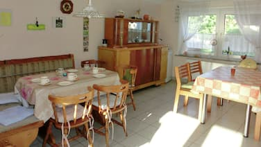 Magnificent Holiday Home in Obergude With 4 Bedrooms Sleeps 9