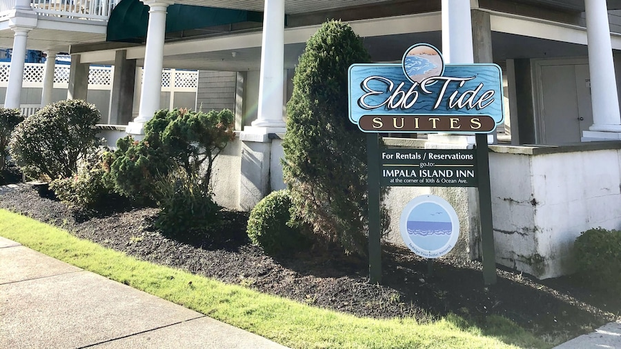 Ebb Tide Suites