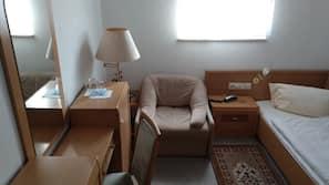 Bureau, espace de travail pour ordinateur portable, Wi-Fi gratuit