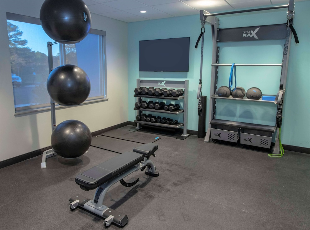 Fitness Facility, Tru By Hilton Norfolk Airport