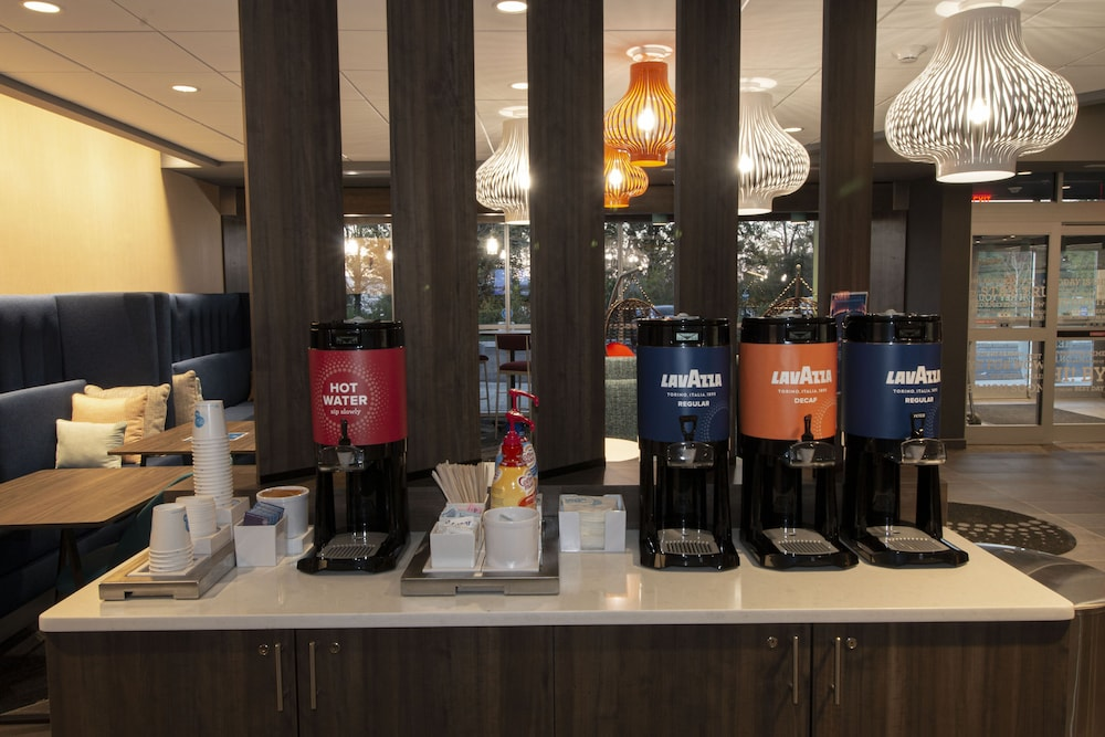 Coffee Service, Tru By Hilton Norfolk Airport