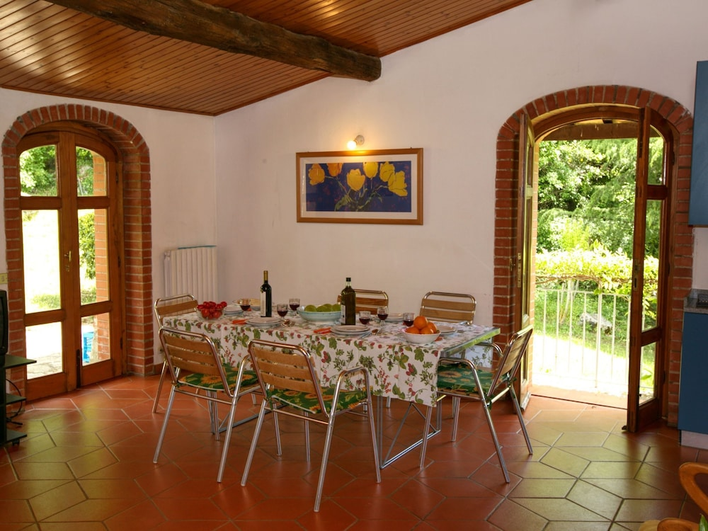 Dining, Holiday Home With Shared Swimming Pool in the Green Hills of Chianti