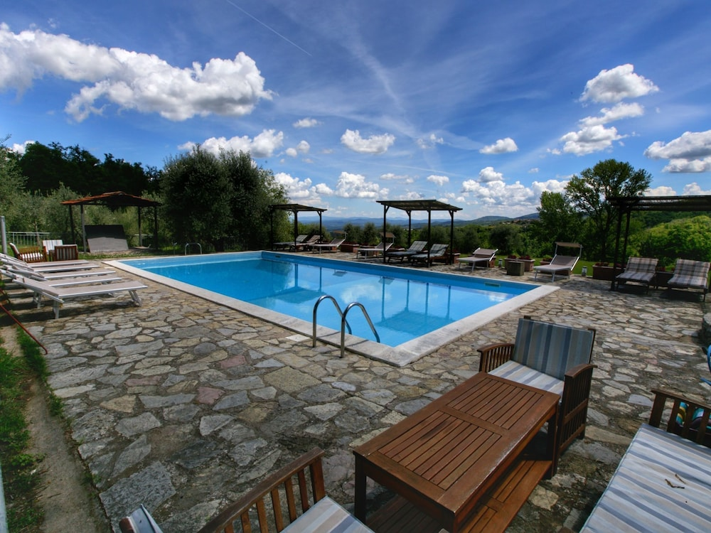 Pool, Holiday Home With Shared Swimming Pool in the Green Hills of Chianti