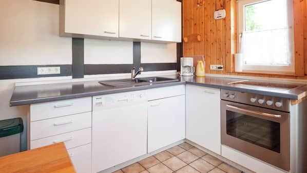 Kühlschrank, Ofen, Geschirrspüler