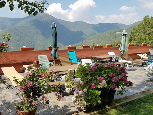 Authentic Country House With Swimming Pool in Nature Park Montseny