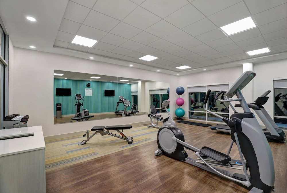 Fitness Facility, Holiday Inn Express & Suites Port Elgin, an IHG Hotel
