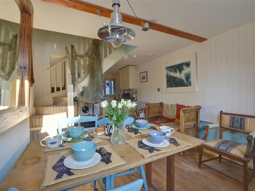 Modern Holiday Home in Hastings Kent With Garden