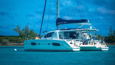 Yacht / Catamaran ON THE Water in Key Largo. New Catamaran Docked Inside Marina