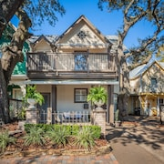 Downtown Pensacola Townhome! Perfect Location