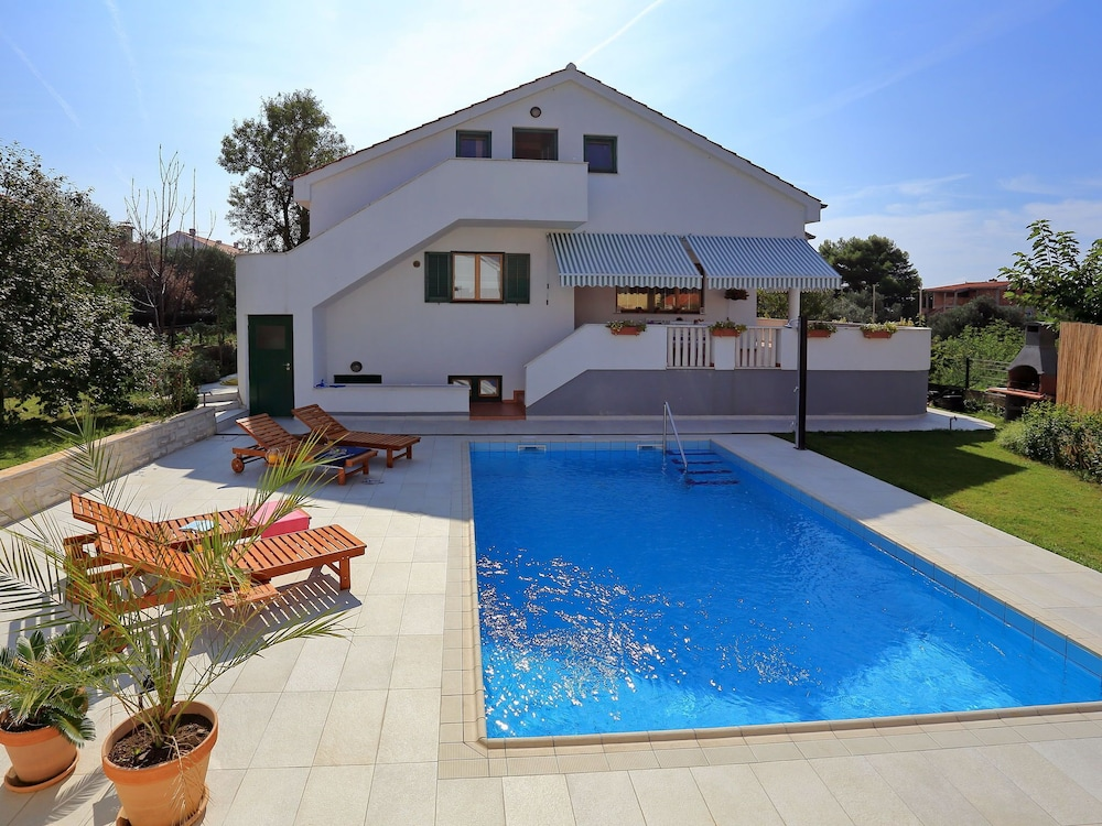 Luxurious Villa In Zadar With Swimming Pool In Zadar Hotel Rates Reviews On Orbitz