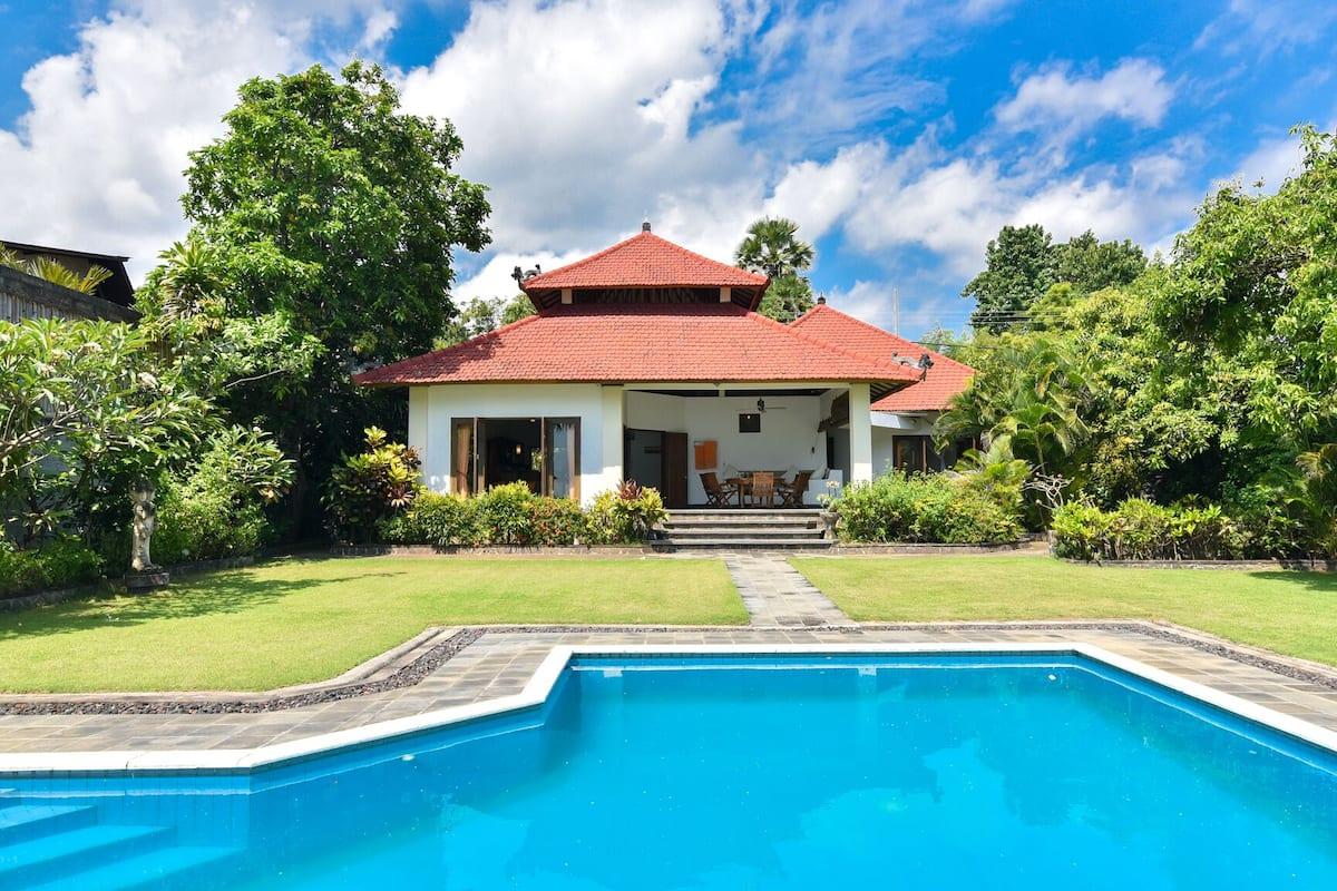 Villa Kupu Kupu Beachfront Villa In East Part Of Norther Bali 2021 Room Prices Deals Reviews Expedia Com