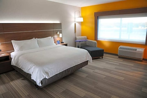 Holiday Inn Express And Suites Wylie West