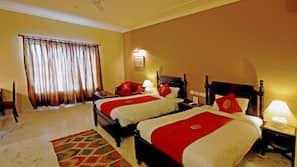In-room safe, WiFi, bed sheets, wheelchair access