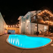Completely Renovated, Ocean View, Private Pool and Hot Tub!