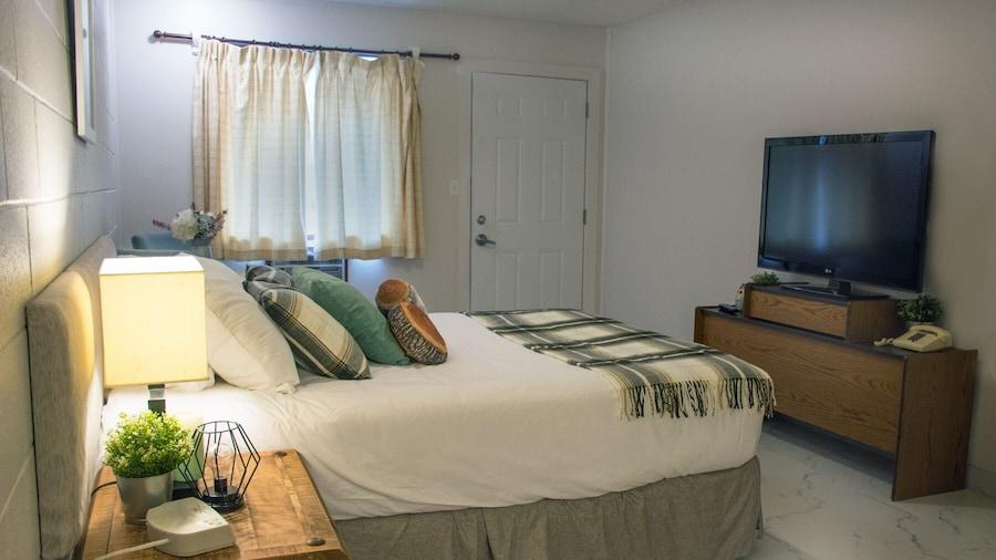 Christina Lake Motel and RV Park Ltd.