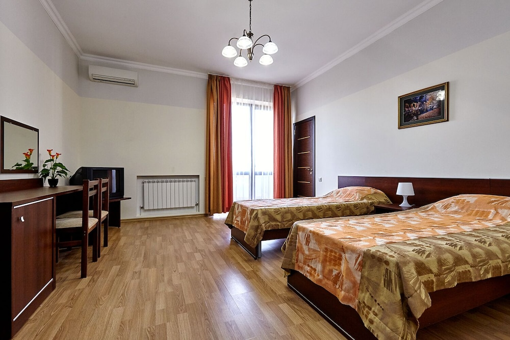 Room, Guest house Viktoria