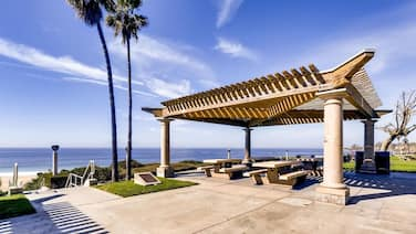 NEW - Private Entrance 2BR/BATH Next To Ritz Carlton Laguna - Walk To Beach! (MB3)