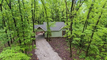 Chinkapin Cottage - Private & Wooded 1/4 mile From Stockton Lake