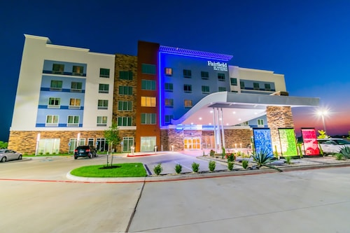 Fairfield Inn & Suites by Marriott Houston League City