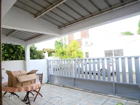 House With 2 Bedrooms in Saint-denis, With Wonderful City View, Enclosed Garden and Wifi - 28 km From the Beach