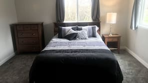 3 bedrooms, WiFi, linens, wheelchair access