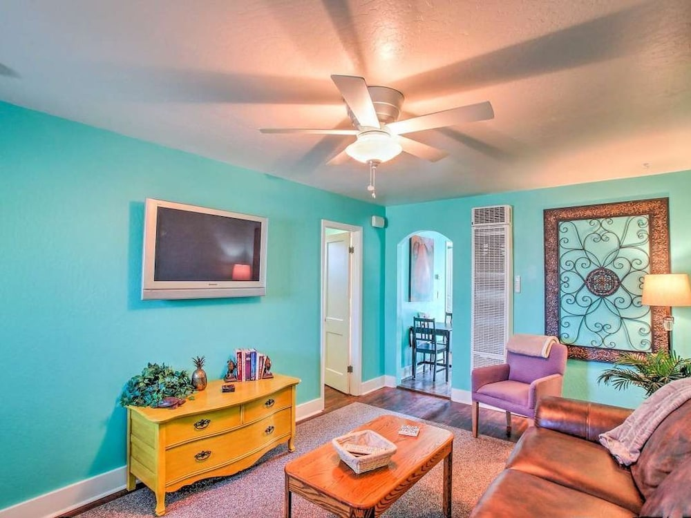 , White Spar Cottages Close to Famous Whiskey Row and Prescott Courthouse