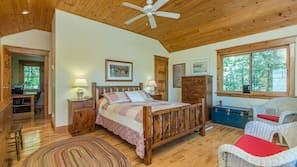 5 bedrooms, laptop workspace, linens