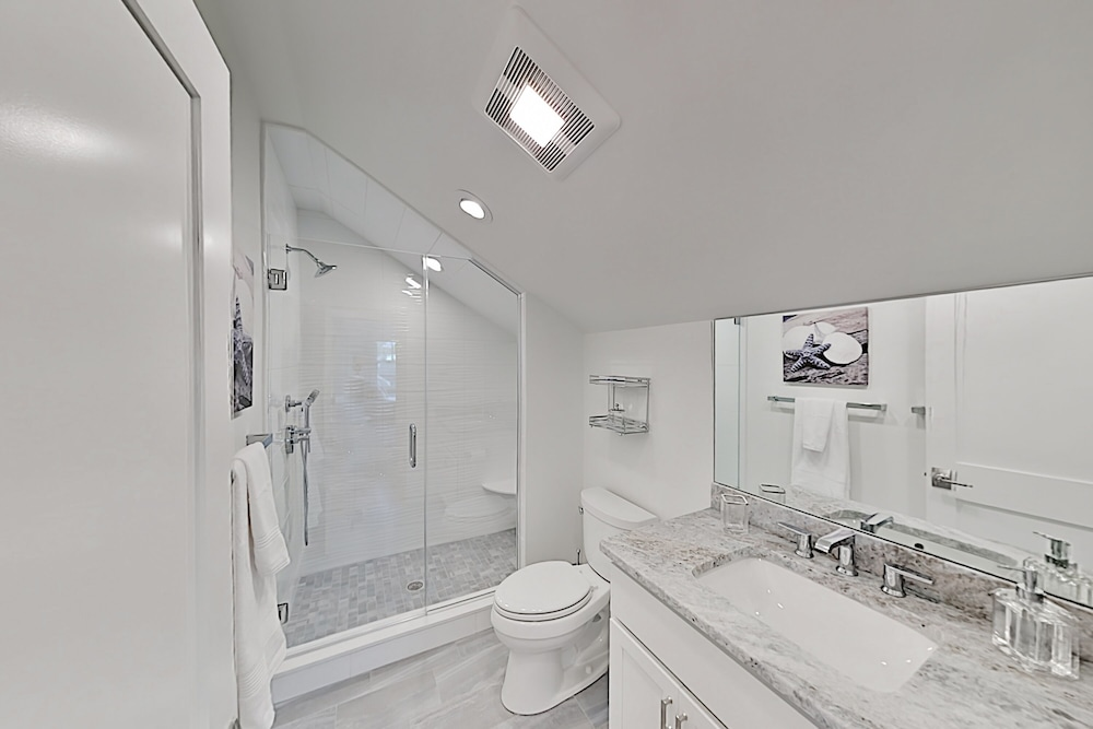 Bathroom, New Lavish Condo in Heart of Downtown Chatham - Walk to Dining, Shops & Beach