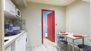 Mini-fridge, microwave, espresso maker, electric kettle