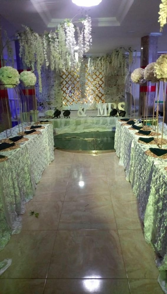 Indoor Wedding, Topview Hotel Asaba