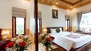 Premium bedding, memory-foam beds, minibar, individually decorated