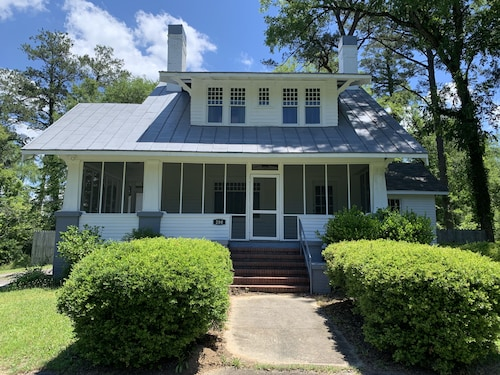 Renovated 1928 Bungalow in Historic Milledgeville Georgia