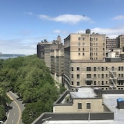 Nice Luxury 2bed Apartment With River View in Upper West Side