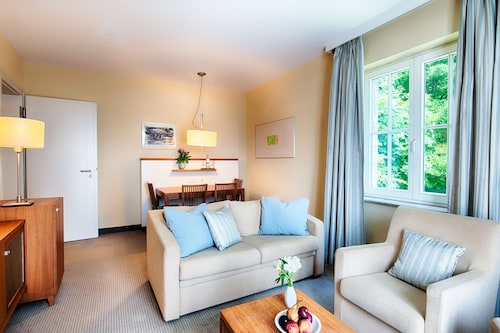 Charmantes Seeblick-appartement mit Terrasse