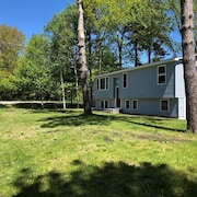 Downeast Landing Pad - Dog Friendly!