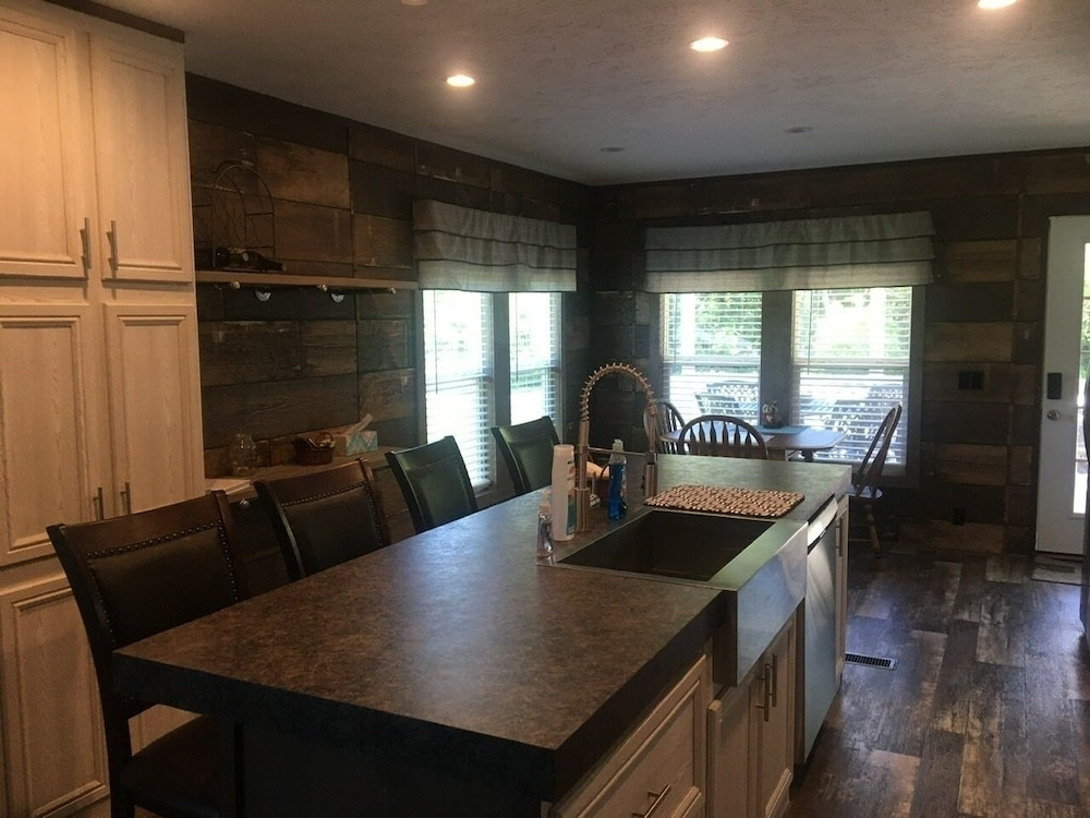 Private Kitchen, Wild trout retreat on the Ozarks' wild North Fork River