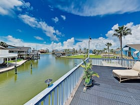 Waterfront Island Tiki House With Boat Slip & Deck! - 3 Bedroom Home