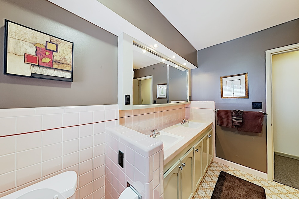 Bathroom, New Listing! Brighton Ski W/ Hot Tub 4 Bedroom Home
