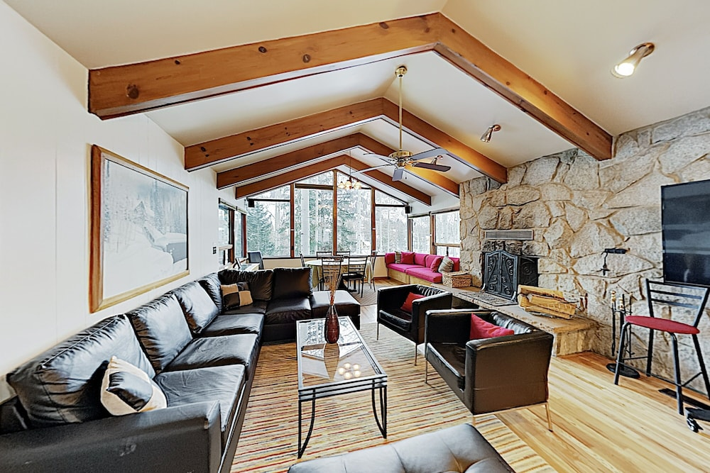 Living Room, New Listing! Brighton Ski W/ Hot Tub 4 Bedroom Home