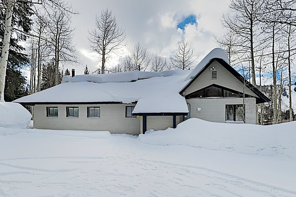 Exterior, New Listing! Brighton Ski W/ Hot Tub 4 Bedroom Home