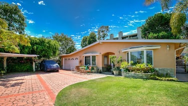 Tranquil Torrance - 1 Mile To Redondo Beach 4 Bedroom Home