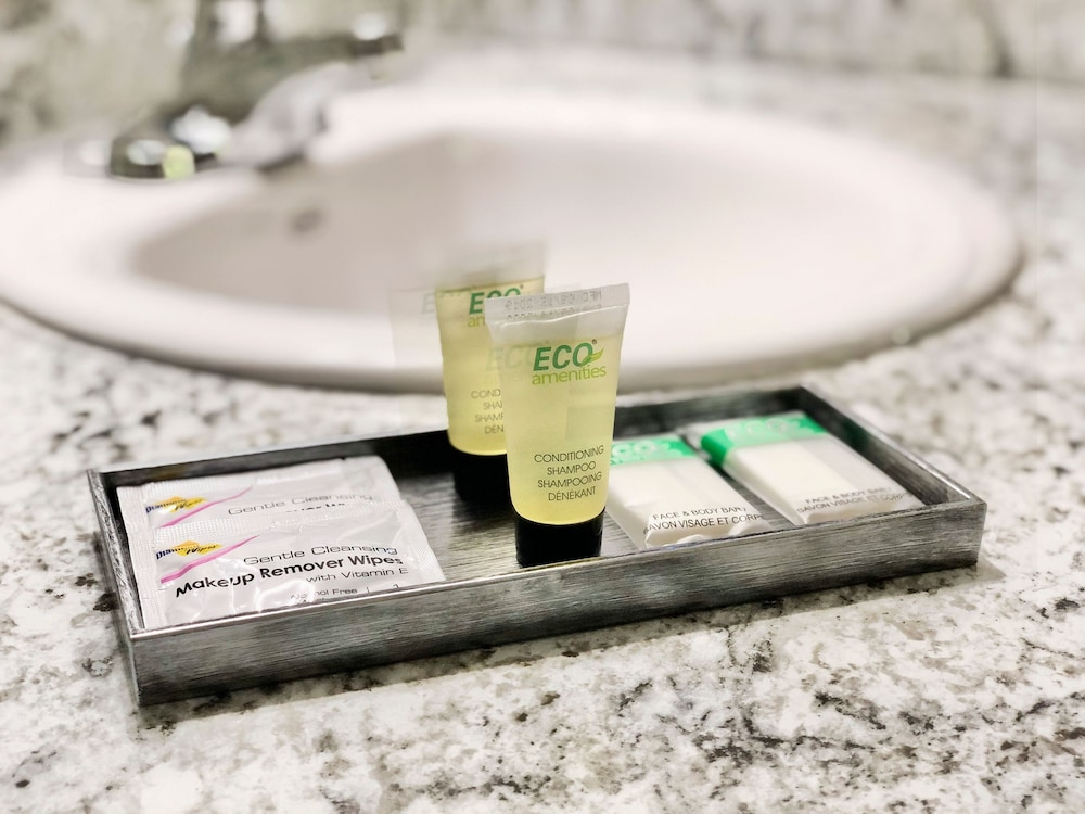 Bathroom Amenities, Work and Travel Lodge