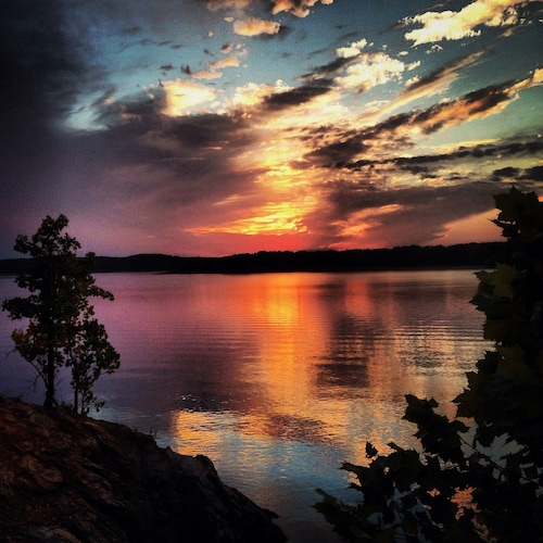 Settle In By Zoning Out - Lake Ouachita